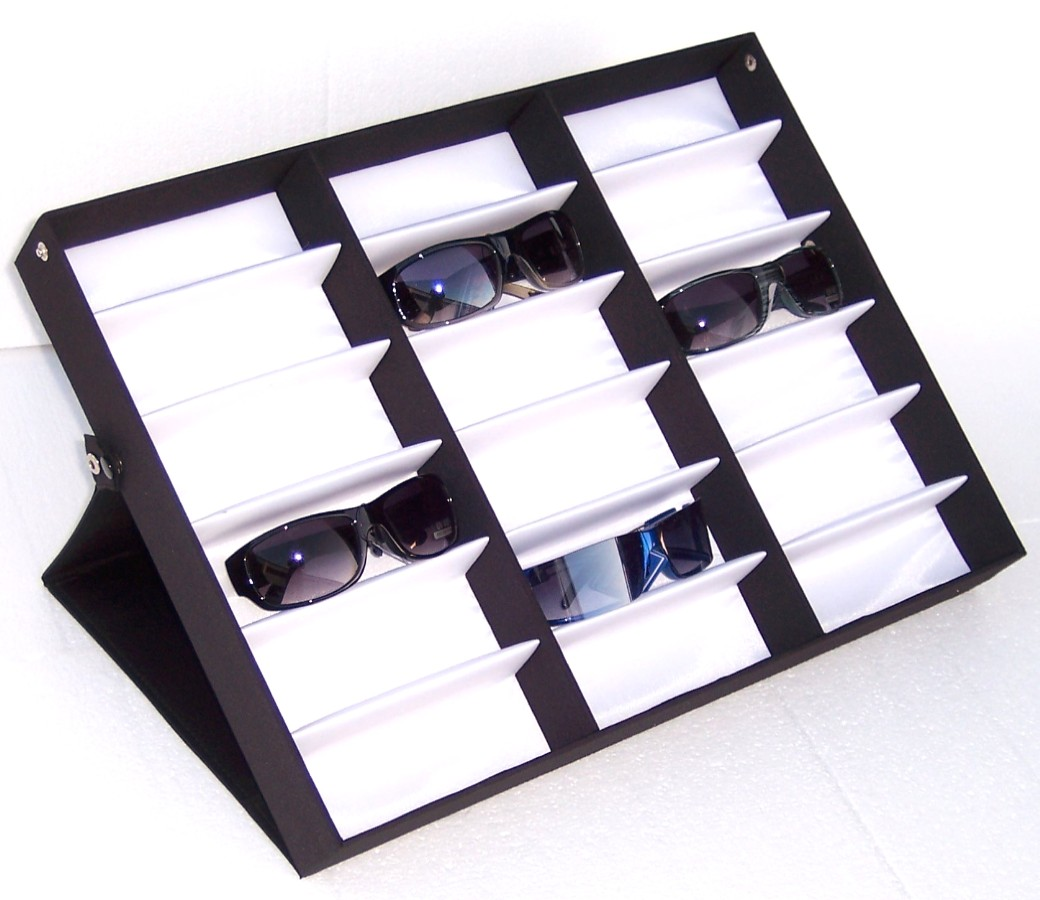 Count Display Case D18-207